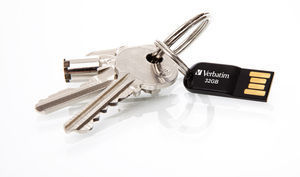 44051 Lifestyle shot with Keys