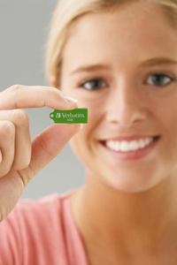 MICROUSBGIRL close up 4GB