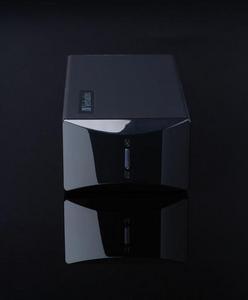 47528 - Front black background
