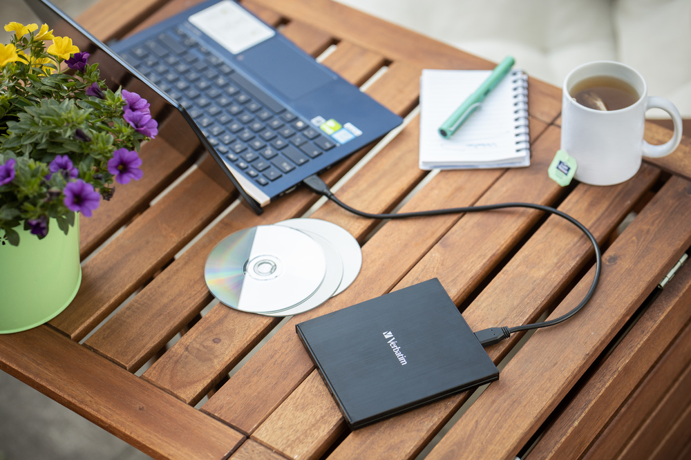 Verbatim External Slimline Blu Ray Writer2020 6
